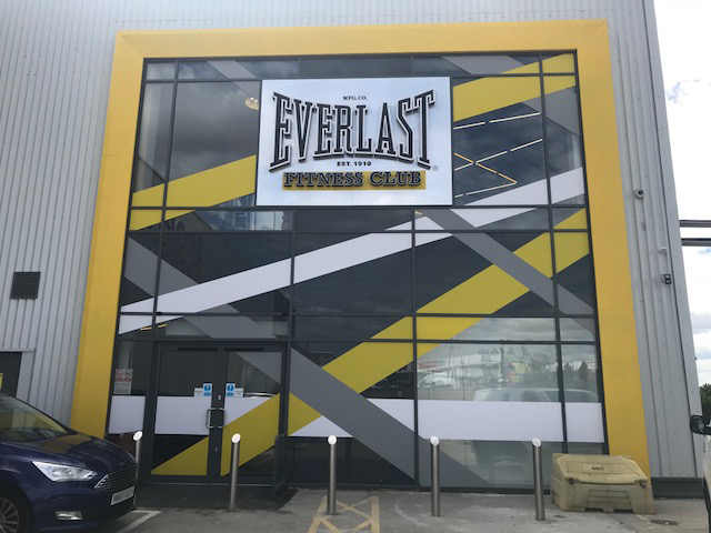 everlast-curtain-wall